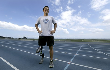 Mohamed Lahna, who was born without a femur, trains at the College of San Mateo looking to earn a trip to the 2016 Paralympic Games.