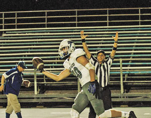 Kevin Kutchera caught two key touchdowns in the Bulldogs' 51-26 win over Modesto.